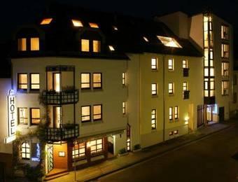 Los 5 mejores hoteles de 4 estrellas en kaiserslautern for Design hotel zollamt