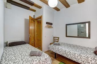 Apartamentos 9 Pax Las Ramblas, Montserrat (barcelona)