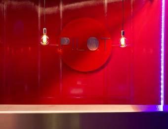 Albergue Pilot Design Hostel & Bar
