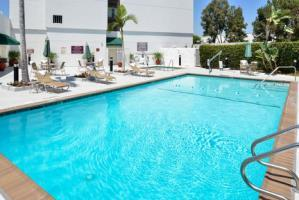 Hotel Holiday Inn Select La Mirada