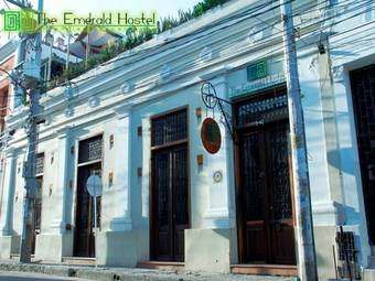 Hostal The Emerald