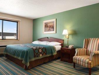 Super 8 Motel New Richmond