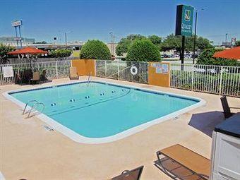 Motel Quality Inn And Suites Six Flags - Arlington