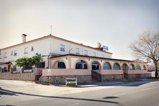 Los 5 mejores hoteles en puerto real - Hotel caballo negro puerto real ...