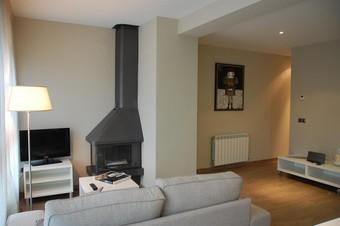 Los 3 mejores apartamentos en montseny for Piscinas del montseny