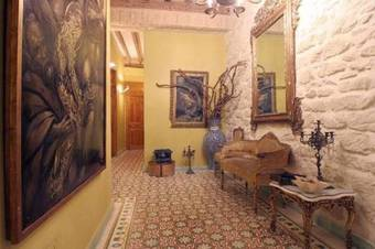 Hostal Les Monges Palace