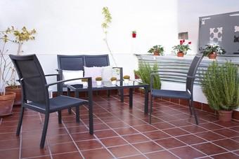 Hoteles cercanos a iglesia de san lorenzo en sevilla for Casas de sofas en sevilla