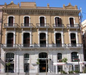 Hoteles con piscina en tarragona for Hoteles con piscina en tarragona