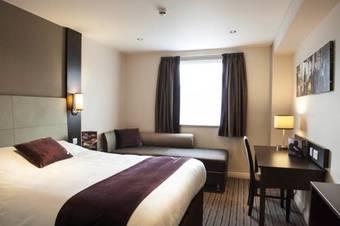 Hoteles con habitaciones adaptadas en greenford for Aparthotel londres centre
