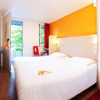 los 3 mejores hoteles que aceptan mascotas en marsannay la cote. Black Bedroom Furniture Sets. Home Design Ideas