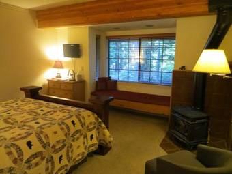 Bed & Breakfast Donner Lake Inn B&B