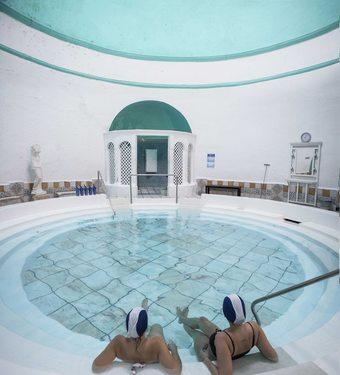 Los 3 mejores hoteles con piscina en alange for Hoteles en badajoz con piscina