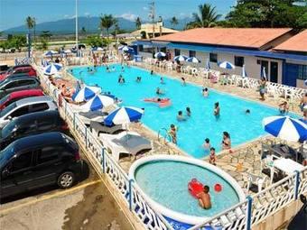 Los 9 mejores hoteles con accesos adaptados en - Hoteles con piscina climatizada para ir con ninos en invierno ...