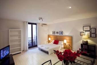 Apartamento Ramblas Apartments