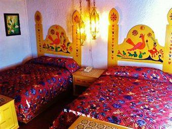 Rosarito motel con vale