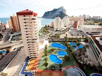 Hoteles cercanos a playa levante en calpe for Hoteles en calpe playa