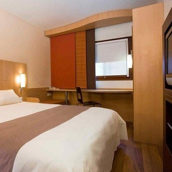 Hoteles cercanos a porte de versailles en paris - Auriane porte de versailles hotel paris ...