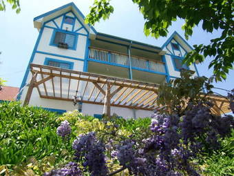 Hotel Monet Garden Resort