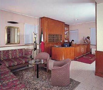 Hoteles de 3 estrellas en san giovanni lupatoto - Hoteles de tres estrellas en granada ...