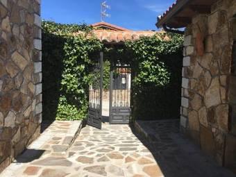 Los 30 mejores hoteles con piscina en comunidad de madrid for Hoteles en madrid con piscina cubierta