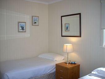 Hotel Mcmillans Of Metung Resort Metung Victoria Atrapalo Gt