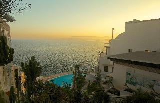 Los 30 mejores hoteles con cocina en sicilia siracusa for Hotel 1823 siracusa
