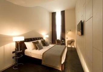 Hotel Piazza Del Gesù Luxury Suites