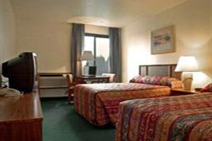 Hotel Clackamas Sunnyside Inn