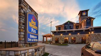 Hotel Best Western Plus Emerald Inn U0026 Suites