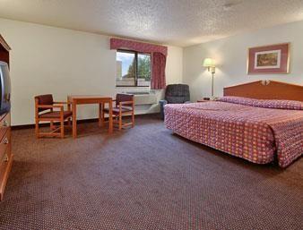 Super  Motel In Farmington Hills Mi