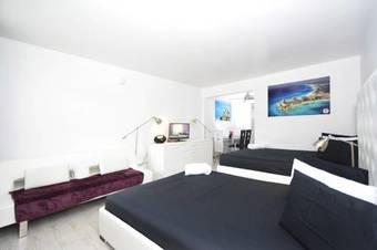 Ocean Walk Apartments South Beach