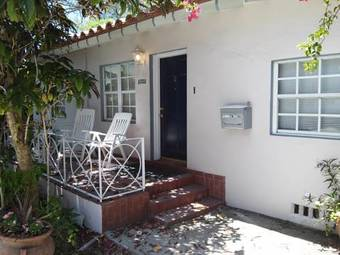 Apartamento Two Bedroom Lenox Cottage