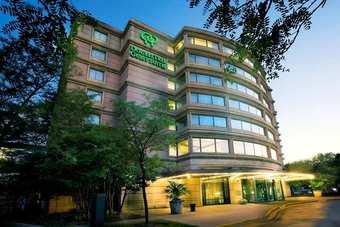 Los 3 mejores hoteles con piscina en downers grove il for Hoteles en o grove con piscina