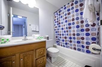 Hoteles con spa en chicago for 360 salon dearborn