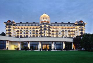 Los 6 mejores hoteles para ir con ni os en evian les bains - Hoteles con piscina climatizada para ir con ninos en invierno ...