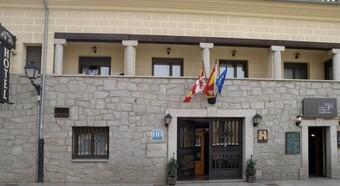 hotel arco de san vicente avila: