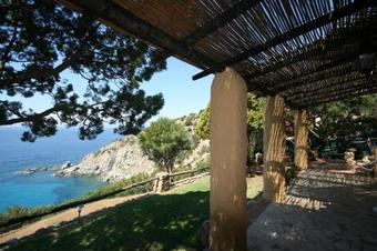Hotel Three-bedroom Holiday Home In Torre Delle Stelle I