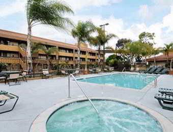 Hotel Super 8 San Diego Mission Valley (.)