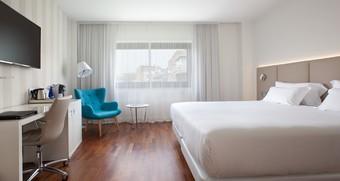 Los 30 mejores hoteles con piscina en madrid provincia for Hoteles nh madrid con piscina