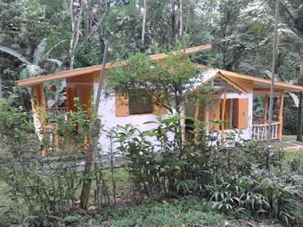 Los 7 mejores hoteles en cocles for Casa jardin wellness center