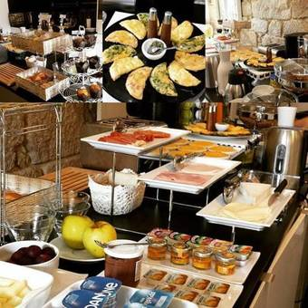 Bed & Breakfast In Porto Gallery Guesthouse