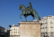 Actividades en Puerta del Sol (estatua ecuestre del Rey Carlos III)